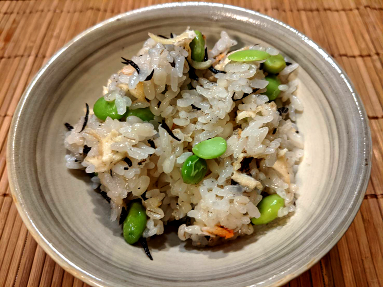 桜エビと枝豆とひじきの炊き込みご飯のレシピ